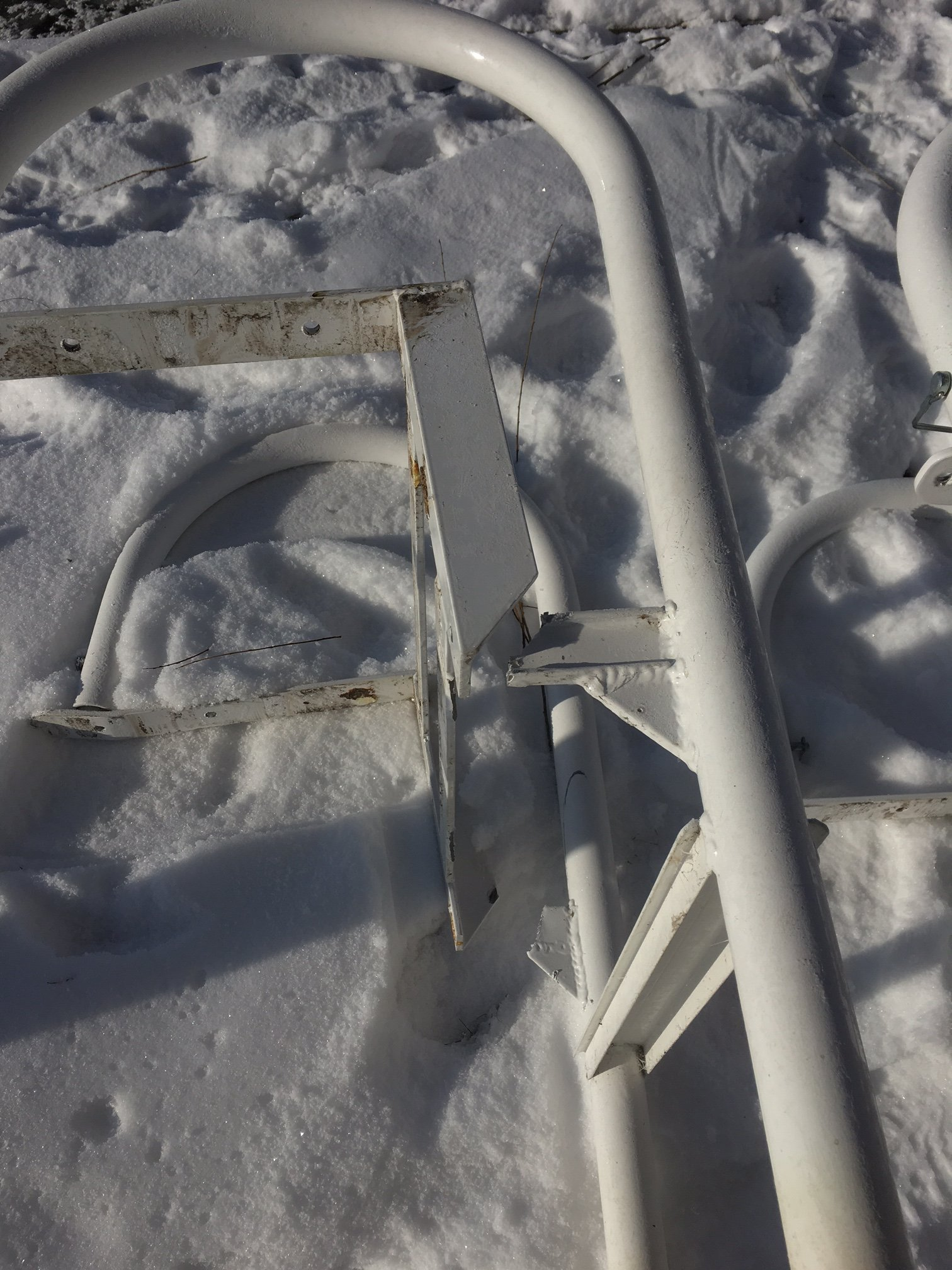 broken-ladder-from-the-ice